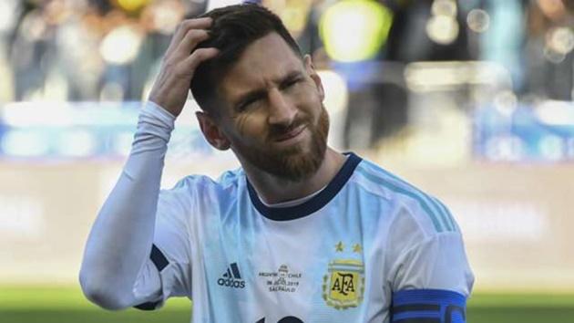 Nhìn lại án phạt như đùa của LĐBĐ Nam Mỹ dành cho Messi - Bóng Đá