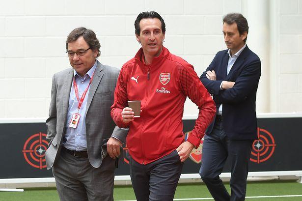 Đánh lừa tất cả, Arsenal chính là con cáo già mới TTCN  - Bóng Đá