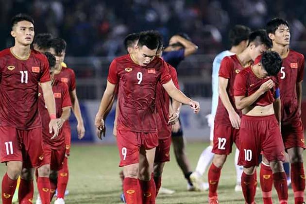 Thấy gì từ thất bại lịch sử của bóng đá Việt Nam? - Bóng Đá