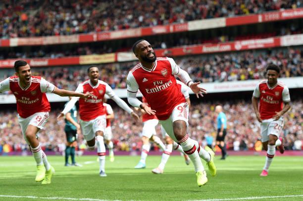 Song sát tỏa sáng, Arsenal làm nên lịch sử trên sân nhà - Bóng Đá