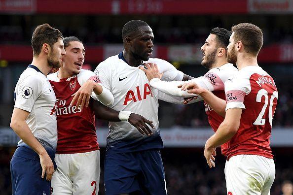 Đối thủ bất ổn, giờ là thời điểm tuyệt vời để Arsenal làm thịt