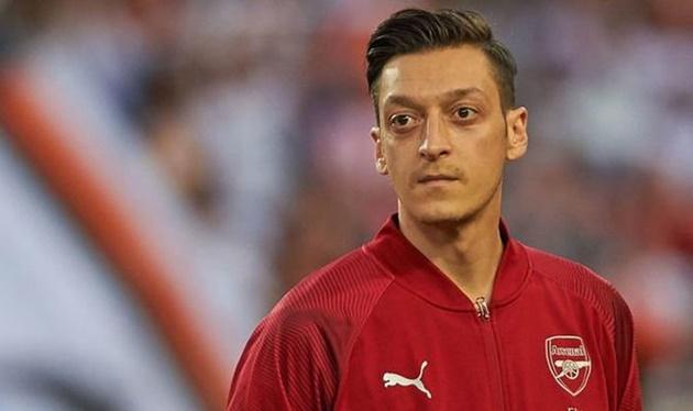 Arsenal đã đổi thay, Mesut Ozil giờ rất khó để tìm chỗ đứng - Bóng Đá