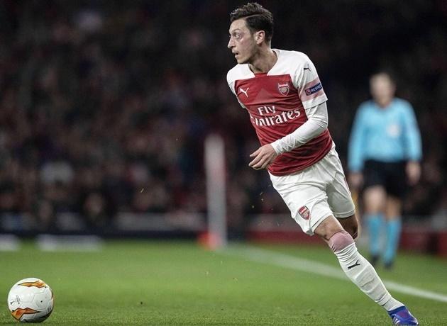 Arsenal đã hoàn toàn đổi khác, Mesut Ozil giờ rất khó để tìm được chỗ đứng - Bóng Đá