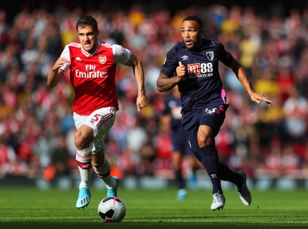 CĐV của Arsenal làm loạn trong chiến thắng của đội nhà - Bóng Đá