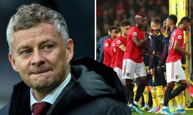 Sa thải Mourinho, Man Utd đã tự 'trảm' mình - Bóng Đá