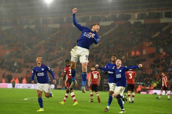 Vardy không ngừng tỏa sáng, Premier League lại xuất hiện 'ngựa ô' - Bóng Đá