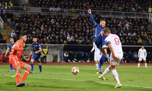 Anh em nhà Hazard tỏa sáng, Bỉ hủy diệt gấu Nga - Bóng Đá