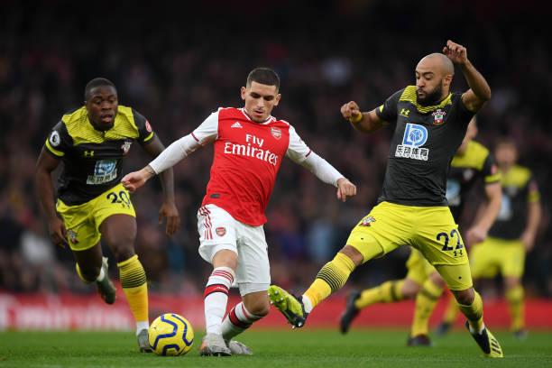 Điểm nhấn Arsenal 2-2 Southampton: Hàng thủ thảm họa; Người hùng Lacazette - Bóng Đá