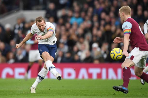 Son và Kane rực sáng, Tottenham nhấn chìm Burnley trên sân nhà - Bóng Đá