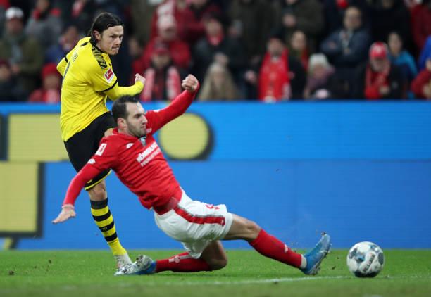 Hủy diệt Mainz, Dortmund chỉ còn cách vị trí đấu bảng 2 điểm - Bóng Đá