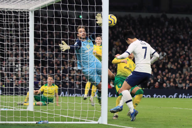 Alli và Son tỏa sáng, Tottenham nhọc nhằn đánh bại Norwich trên sân nhà - Bóng Đá