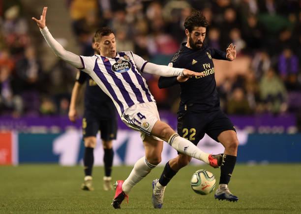 Hạ gục Valladolid, Real Madrid vươn lên độc chiếm ngôi đầu BXH  - Bóng Đá