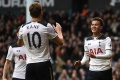 Kane lập hat-trick, Tottenham khiến Man United thêm nản lòng
