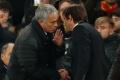 Mourinho dọa Conte xanh mặt