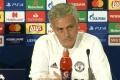 Mourinho nói gì với các học trò sau hiệp 1 trận Young Boys?