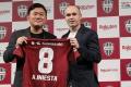 """Trận ra mắt của Iniesta tại J-League trở thành """"ngày thảm họa"""""""