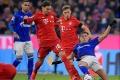 """Đè bẹp Schalke, Bayern đón chào sự trở lại của """"ông vua đánh cắp không gian"""""""