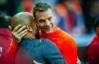 Neuer tiết lộ bí quyết để trở thành 'thủ môn đá quét'