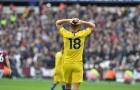 Giroud và Morata cùng hóa 'chân gỗ' trước West Ham