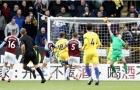 5 điểm nhấn Burnley 0-4 Chelsea: Hart là số 1, Hazard không còn quan trọng?