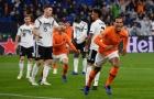 7 trung vệ có thể thay thế tiền đạo cắm khi cần: 'Lá chắn thép' của Liverpool