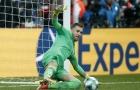 Chỉ một động tác, thủ môn Liverpool khiến Chelsea phải 'khóc hận'