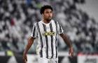 Vượt qua Ronaldo, thần đồng 22 tuổi 'chiến thắng' COVID-19
