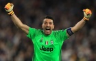 Buffon vượt mặt Van de Sar sau trận Juventus thắng Leverkusen