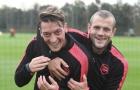 'Ozil có thể thi đấu ở bất kỳ đội bóng nào tại Premier League'