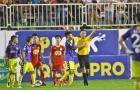 """Tổng hợp lượt đi tứ kết Cúp Quốc gia 2018: Minh Phương """"bất lực""""; Căng thẳng ở Pleiku"""