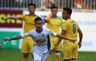 HLV HAGL nói gì về tân binh U23 Việt Nam sau trận thua SLNA?