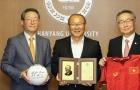 Điểm tin bóng đá Việt Nam sáng 16/09: HLV Park Hang-seo được vinh danh