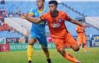 Thủ môn ĐT Việt Nam xuất thần, SHB Đà Nẵng chia điểm đội nhì bảng