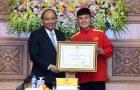 Thủ tướng tặng huân chương cho HLV Park Hang-seo và ĐT Việt Nam