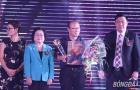 Thầy trò HLV Park Hang-seo được vinh danh tại giải Fair play 2018
