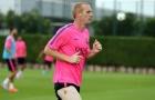Trung vệ của Barca trở lại tập luyện
