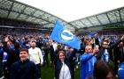 SVĐ Falmer vỡ tung trong ngày Brighton & Hove Albion giành quyền lên chơi giải Ngoại hạng