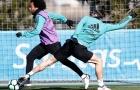 Marcelo đánh bại Gareth Bale trên sân tập