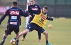 Thua đậm ở cúp châu Âu, Napoli dồn toàn lực cho Serie A