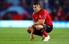 Sanchez gặp vấn đề về lối chơi, sang chấn tâm lý hay bị cô lập ở M.U?