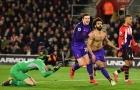 Mo Salah 'khoe' cơ và những khoảnh khắc đẹp nhất bóng đá Anh tuần qua
