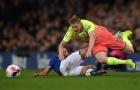 'Vua kiến tạo' dính chấn thương, Pep Guardiola lo sốt vó