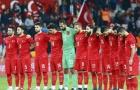 CĐV Thổ Nhĩ Kỳ la ó trong phút mặc niệm các nạn nhân của vụ khủng bố Pháp