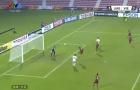 Tình huống phản lưới nhà không thể tin nổi của U23 Việt Nam