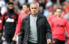Đây, điều Mourinho làm trong giờ nghỉ giúp M.U chơi quật khởi trước Chelsea