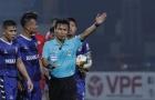 Trọng tài V-League tiếp tục bẻ còi: Căn bệnh nan y chưa có thuốc chữa