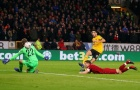 Bị loại sốc, fan Liverpool đòi thanh lý 3 'nhân tố M' miễn phí