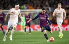 Ferdinand nhận định phũ phàng khi chứng kiến Messi 'hành hạ' Phil Jones