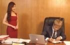 Công Phượng ký hợp đồng cực chất bên nữ thư ký xinh như mộng