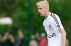 HLV Wenger tái xuất sân cỏ, vùi dập đối thủ 7-1